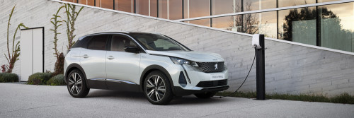 Reserve a New Peugeot 3008 SUV Hybrid Today!