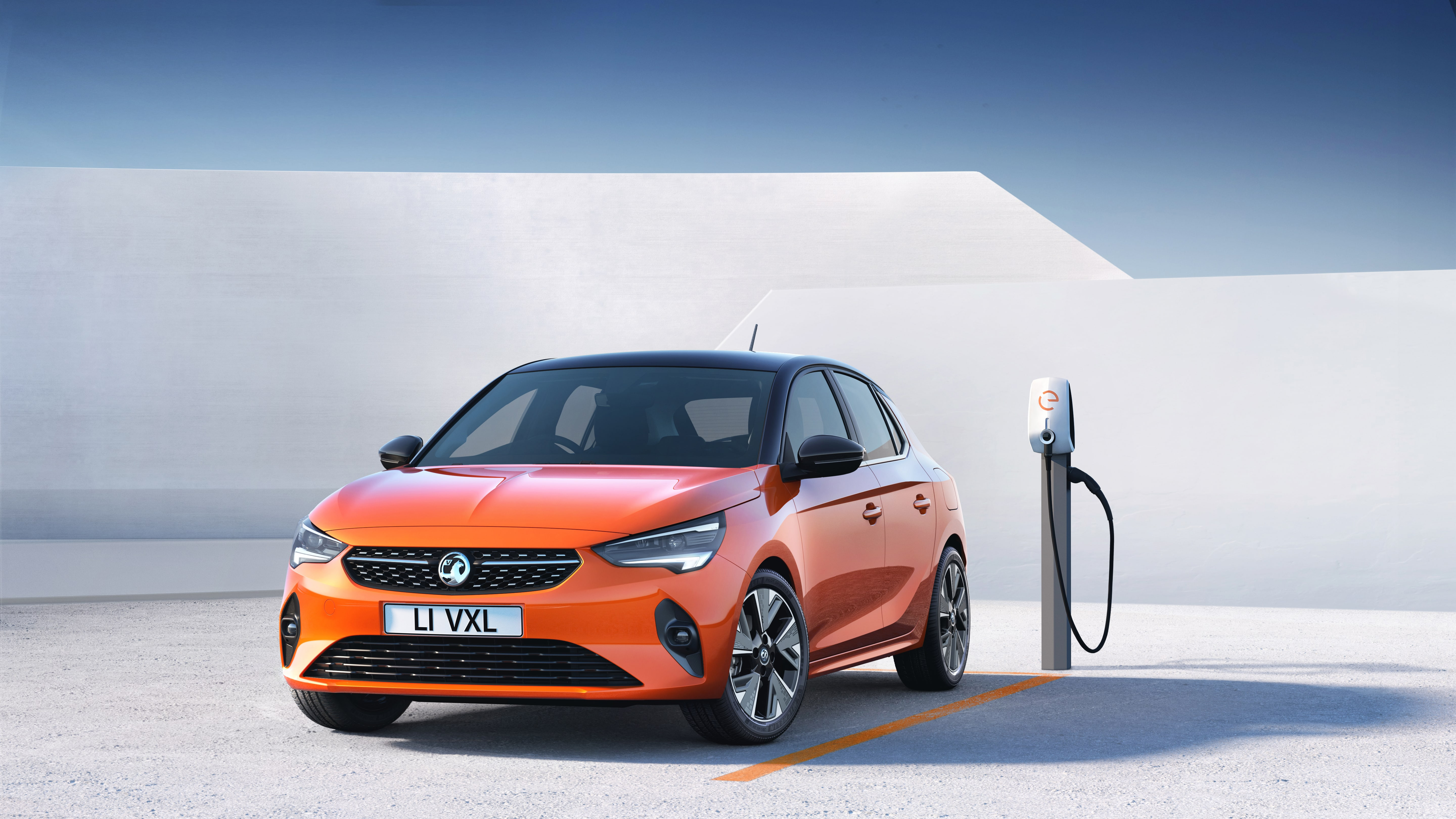 UK Electric Car Government Grant - up to £3,500 available towards the cost of a brand new electric car