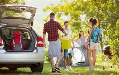 Top Destinations and Cars for Family Weekend Getaways in the UK