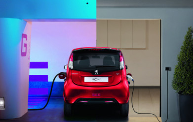 Electric Vehicles Form Basis of PSA's Future Plans