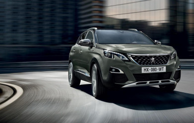 "The Peugeot 3008 SUV wins ""Best Mid-Sized SUV"""